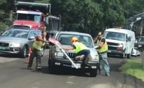 Elfogyott a türelme az autósnak, megdöbbentő, amit csinált – videó