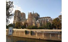 Elmentünk a leégett Notre Dame-hoz – galéria