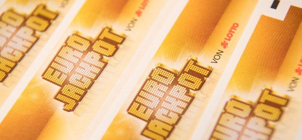 Elvitték az Eurojackpot 29 milliárdos rekordnyereményét