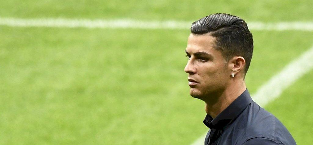 Ronaldo elvinné vacsorázni gyerekkori jótevőjét