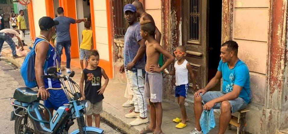 Zsolt utazása: Óriási élmény felfedezni Havanna színfalak mögötti részét – galéria