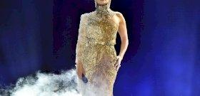 A filmes vetkőzés után meztelen képpel jelentkezett Jennifer Lopez