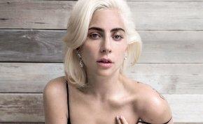 Lady Gaga koncert közben a nézők közé zuhant – videó