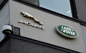 Magyar milliárdos cégétől vehetünk Jaguart és Land Rovert