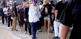 Justin Bieber sokak által várt bejelentést tett