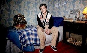 A lehető legkínosabb kérdéseket tették fel Harry Stylesnak