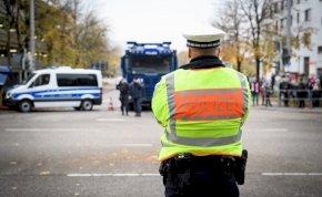 16 éves gyereket ütött gumibottal egy angol rendőr, nyomozás indult