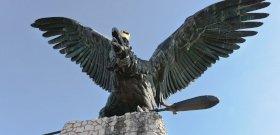 Európa legnagyobb madárszobra a tatabányai turul, egyszerűen fenséges, ahogy uralja a tájat
