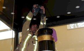 A tűzoltók csaknem 1300 liternyi bort mentettek meg - képek