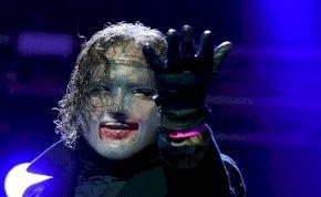 A Slipknot énekese Shakirát tartja a legszexibbnek – interjú
