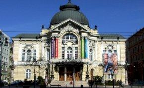 Vígszínház-botrány: Halász Judit és Börcsök Enikő is szembeszállt Eszenyivel
