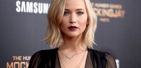 Egy őrült rajongó tört rá Jennifer Lawrence-re a saját otthonában