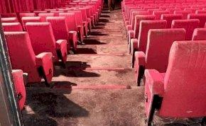Két hónap karantén után kinyitották a mozit, elképesztő pusztítás fogadta őket