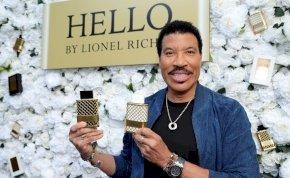 Musicalfilmet készít a Disney Lionel Richie életéről