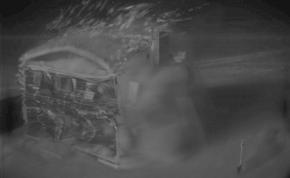 Atomrobbanás eltörölt egy családi házat a Föld színéről – videó