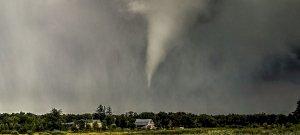 Ijesztő égi jelenség Magyarország felett, mintha az apokalipszis szállt volna le – videó