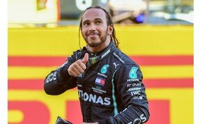 Forma-1: Hamilton nyert a Ferrari ünnepén