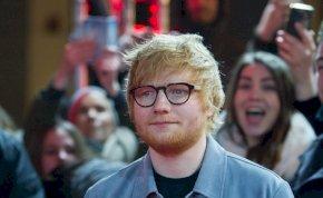 Dallopással vádolják Ed Sheerant, bíróság elé kell állnia
