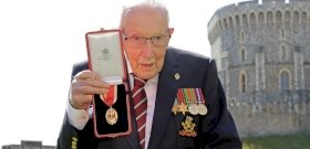 Film készül a 100 éves Tom Moore kapitány életéből