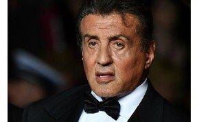 """Rendesen kiakadt Sylvester Stallone, mikor meglátta a saját """"levágott"""" fejét – videó"""