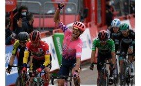 A szél megtréfálta a Vuelta versenyzőit