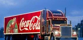 Megható lett a Coca-Cola karácsonyi reklámja, amit Taika Waititi rendezett