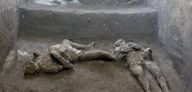 Újabb két emberi maradványt találtak Pompejiben, aztán rájöttek, hogy kik ők