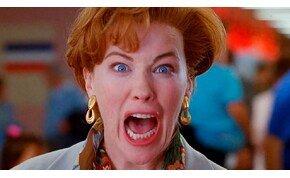 30 év után újra Kevint kiáltott és elájult Catherine O'Hara – videó