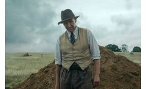 Ásatás: Ralph Fiennes az egyetlen kincs, amire itt lelhetünk – kritika