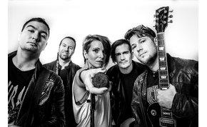 Elképesztő hangú énekesnővel erősít a magyar rockzenekar