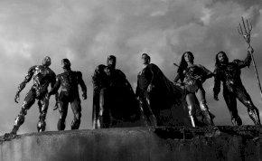 A Zack Snyder: Az Igazság Ligája rendesen odab*sz még fekete-fehérben is – Az igazság szürke-kritika