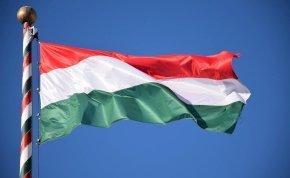 Kvíz: 8 zászló, amely kísértetiesen hasonlít a magyarra, felismered, melyik országoké? Az ötödik kérdéstől le fogsz izzadni