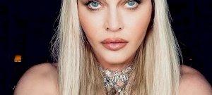 Madonna meztelenül pózolt, de úgy néz ki, mint egy elhasznált szexbábu – fotók