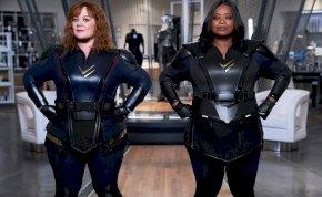 A lecsap csapat-kritika: a Netflix ráktól és izzadságtól bűzlő szuperhősfilmje