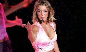 """Britney Spears """"hízelgőnek"""" nevezte, hogy aggódnak érte"""