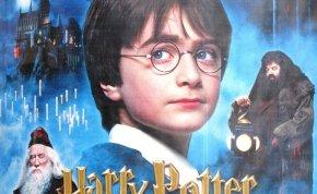 Letaszították a Harry Potter könyveket a trónról, az elkövetőt te is ismered - akár a moziból is