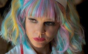Ígéretes fiatal nő: a bosszú angyala könyörtelenül lecsap a szexuális ragadozókra – kritika