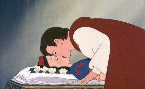 Hivatalos: a herceg nem csókolhatja meg többé Hófehérkét