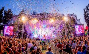 A SZIN már bejelentené a fellépőket, szóval meg akarják tartani a fesztivált