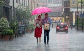 Heti időjárás: mindenki készítse az esernyőket, meleg, de csapadékos idő következik