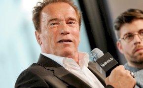 Egy nyugdíjas néni azt kívánta Arnold Schwarzeneggernek, hogy dögöljön meg