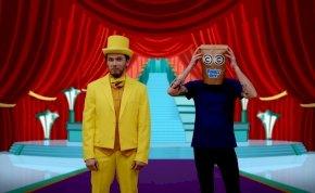 Megjött az Álarcos énekes paródiája, a Zacskós énekes – videó