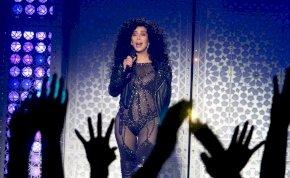 Jön a Cher életéről szóló film, ráadásul a Mamma Mia! producereitől