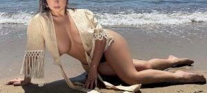 Szerinted Demi Rose, vagy Rubint Réka mellei a szebbek? – válogatás