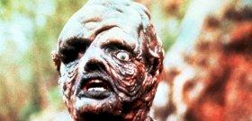 Eltorzult arcú gonosztevő lesz egy horrorfilmben a Gyűrűk Ura sztárja