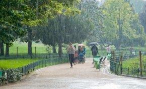 Időjárás: nagyon belerondít az eső a vasárnapi szép időbe, az ország egy szeglete azonban megmenekül - részletes időjárás-jelentés