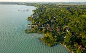 Kvíz: hány kilométer hosszú a Balaton? Nagyon meg fogsz lepődni, erre a számra tuti, hogy nem gondoltál