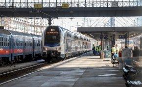 Ha hideg van azért késnek a vonatok, ha meleg van, akkor meg azért