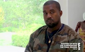 Kanye West kegyetlenül izléstelen cípőjét másolta le a Walmart, ezért a sztár perel!