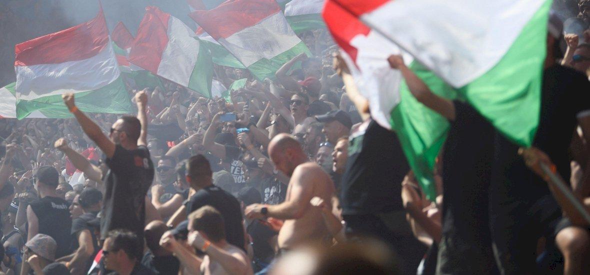 A magyar szurkolók rátámadtak két német diáklányra